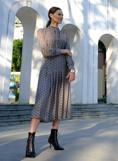 People By Fabrika Zincir Desenli Elbise Gri